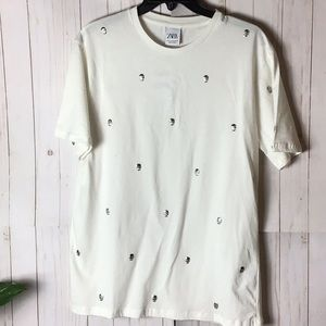 Zara White Short Sleeve Studded Skull Tee